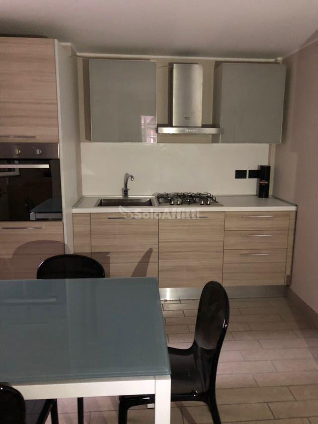 Bilocale in ottime condizioni arredato in affitto Rif. 8226466