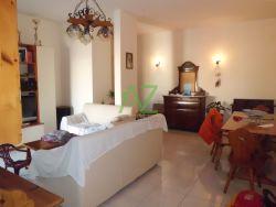 Trilocale in Vendita a Catania, zona Fasano - Rasula Alta, 150'000€, 90 m²
