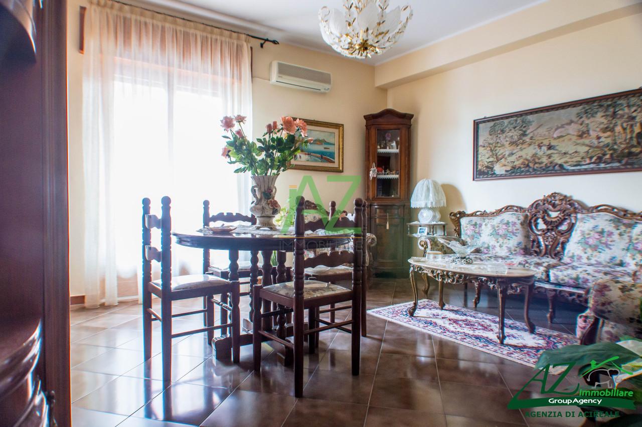 Appartamento da ristrutturare in vendita Rif. 9331453