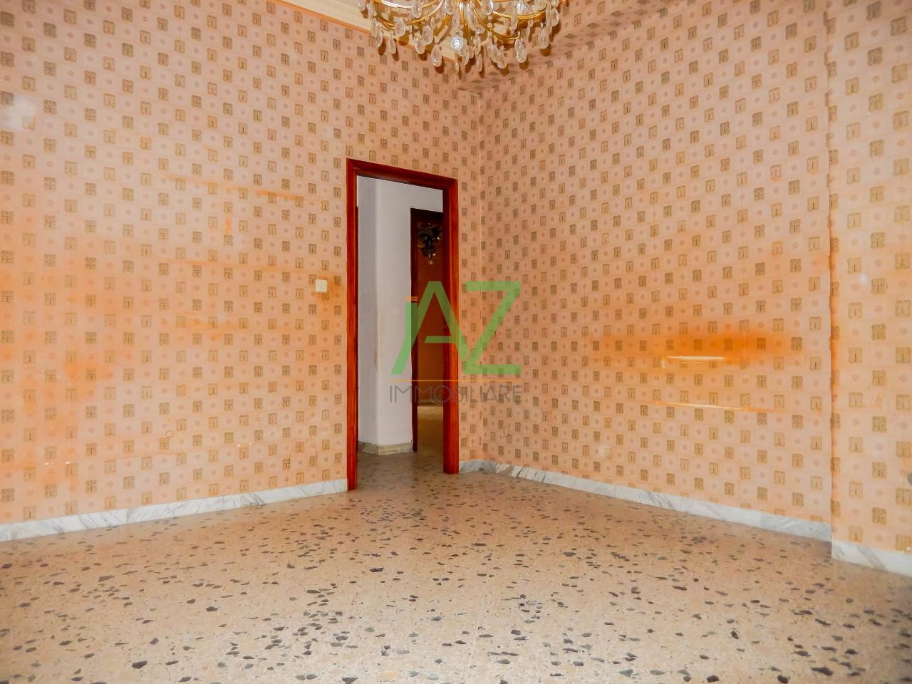 Appartamento da ristrutturare in vendita Rif. 9679454