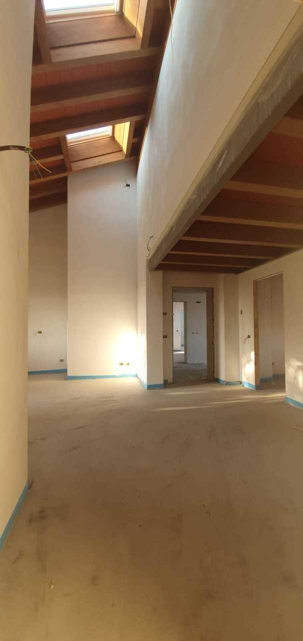 Attico / Mansarda in vendita a Parma, 8 locali, prezzo € 430.000   PortaleAgenzieImmobiliari.it