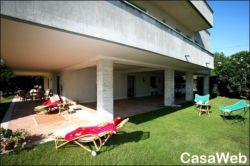 Villa in Affitto a Venezia, zona Lido, 380 m², arredato