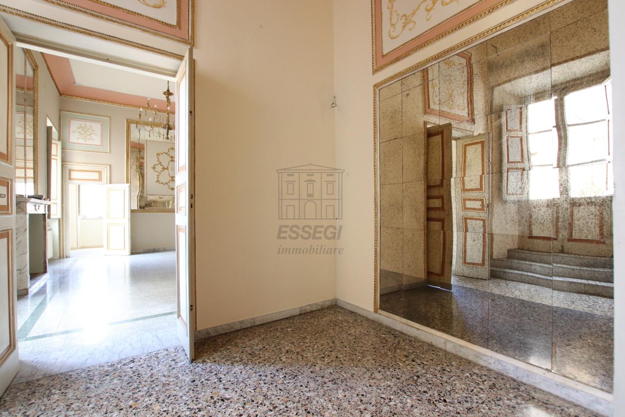 Appartamento Lucca Centro storico IA03468 img 5