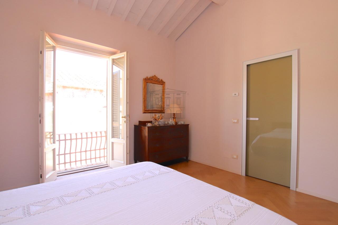 Appartamento Lucca Centro storico IA03502 img 46