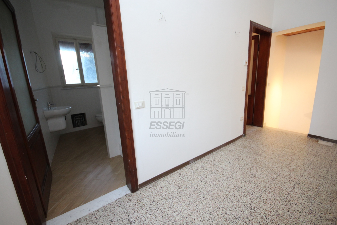 Appartamento Lucca Centro storico IA03397-bis img 14