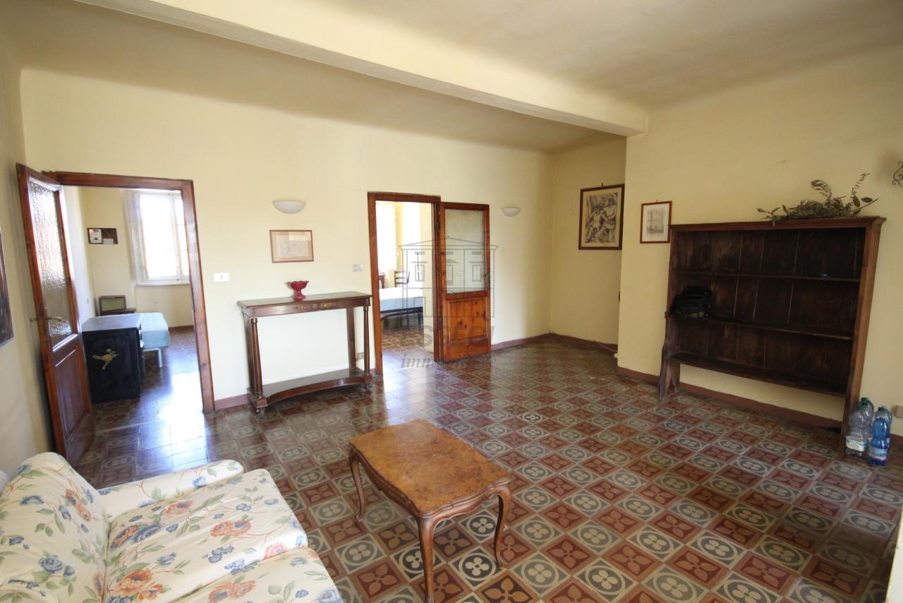Appartamento Lucca Centro storico IA01549 img 15