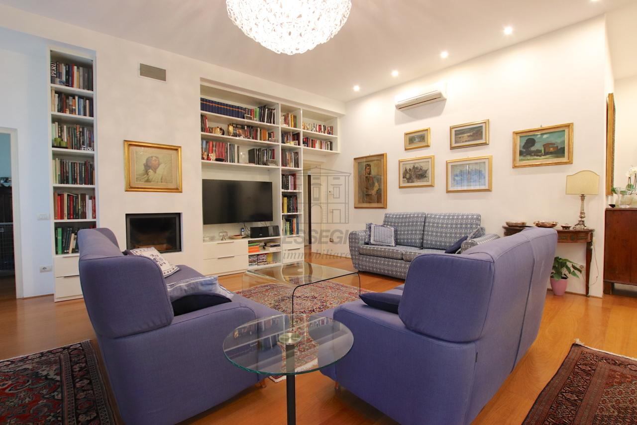 Appartamento Lucca Centro storico IA03474 img 10