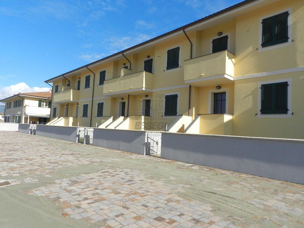 Villetta a schiera Lucca Arancio IA00620 img 2