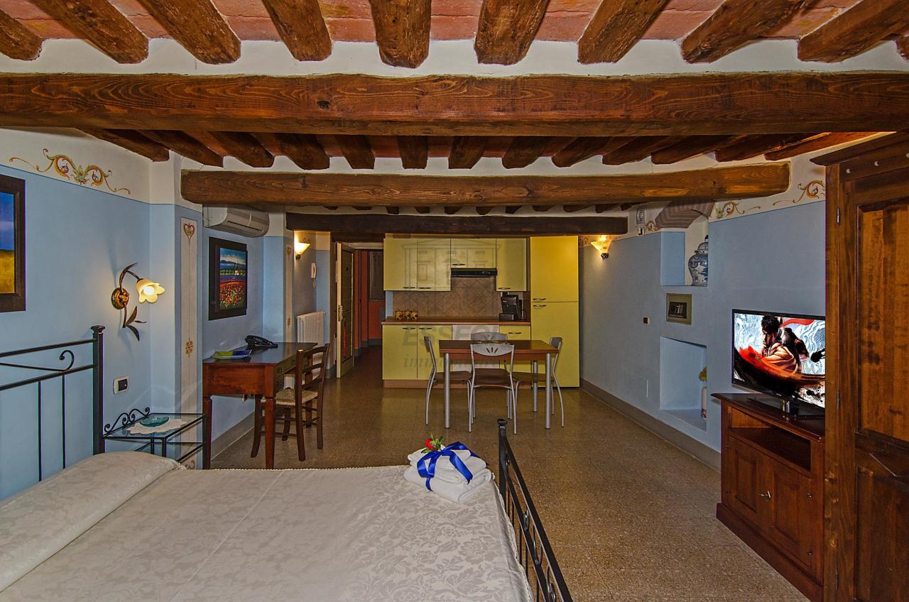 Appartamento Lucca Centro storico IA00900-BIS img 31