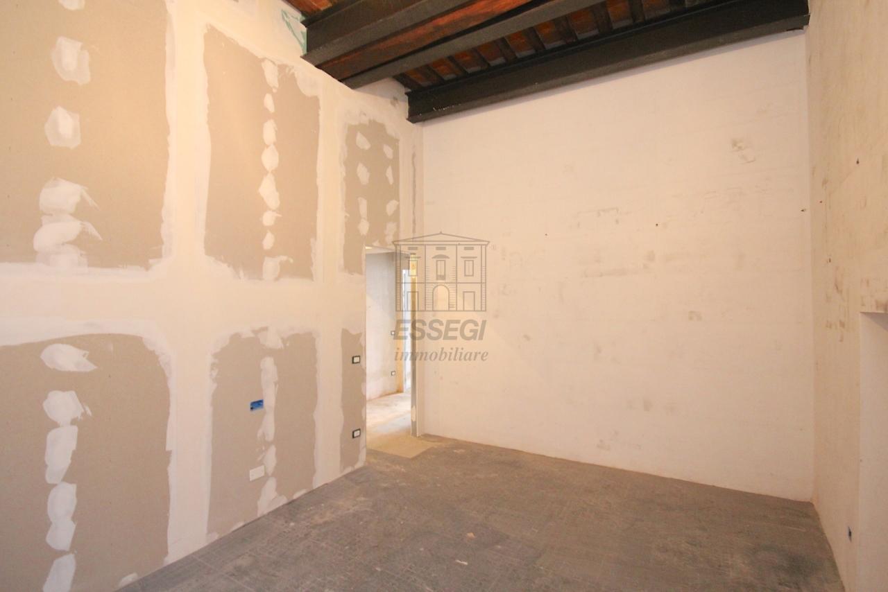 Appartamento Lucca Centro storico IA03452 img 8
