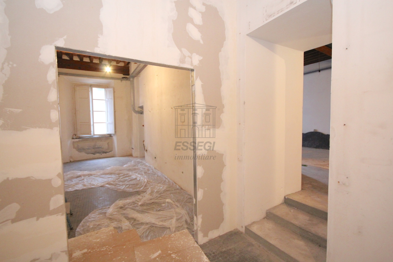 Appartamento Lucca Centro storico IA03452 img 5