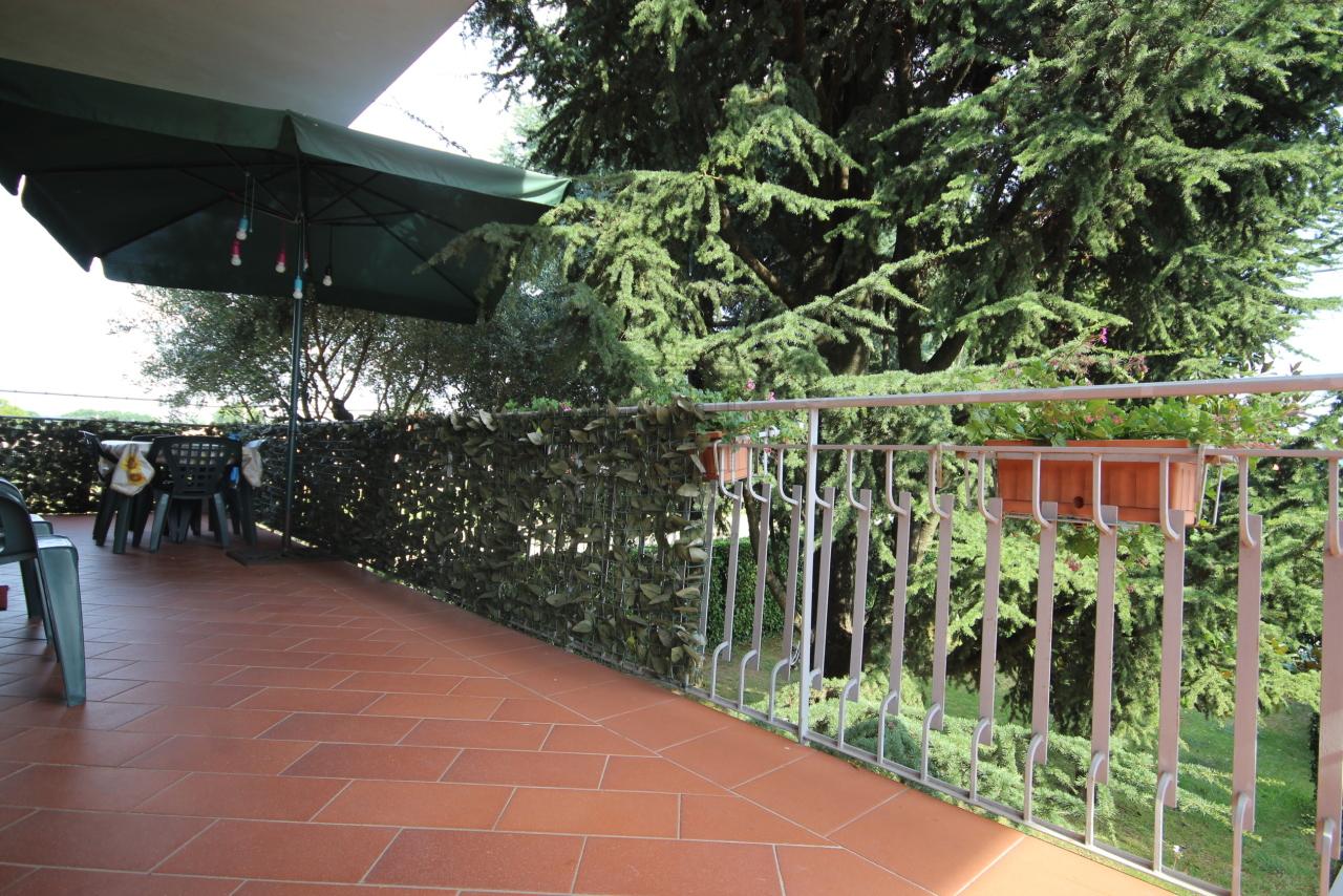Villa divisa in due unità Capannori Lunata IA01745 img 14