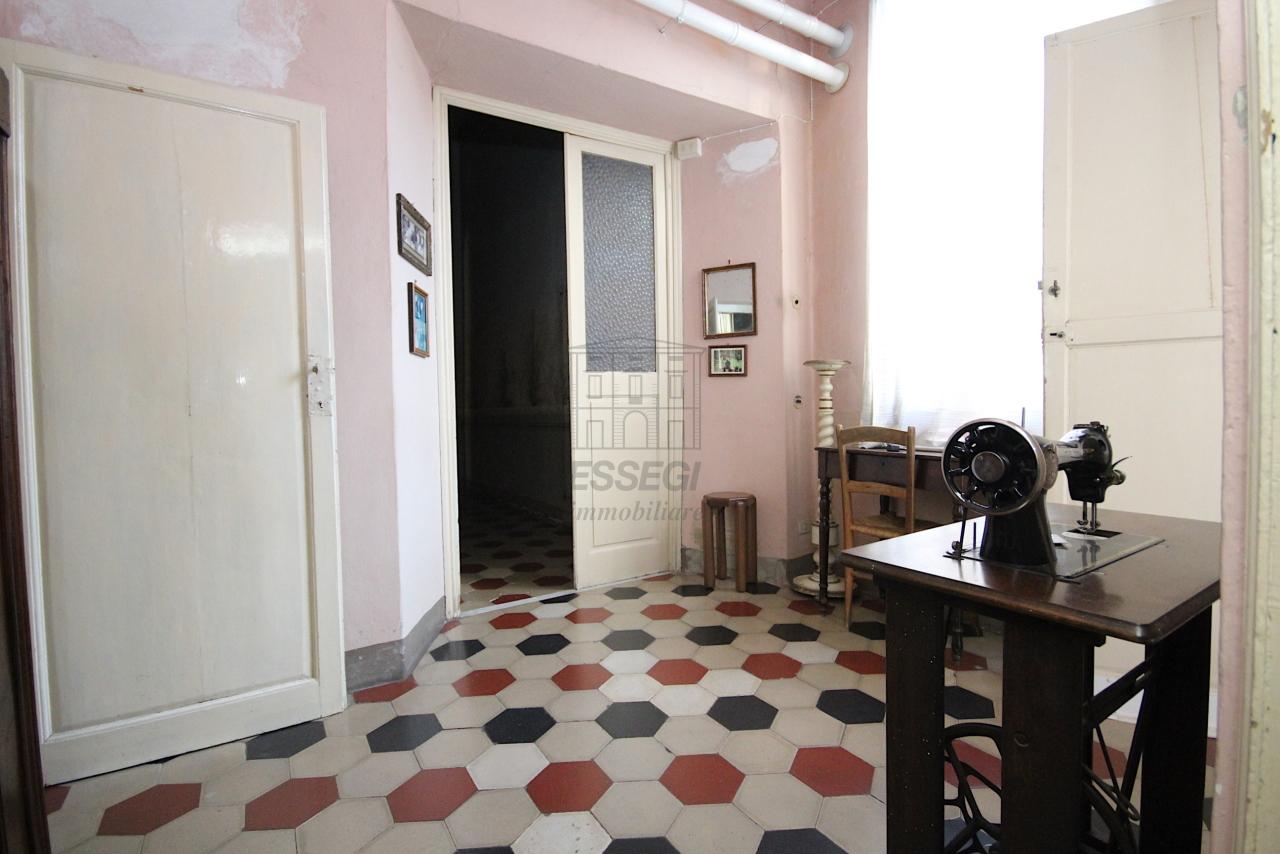 Appartamento Lucca Centro storico IA03446 img 15