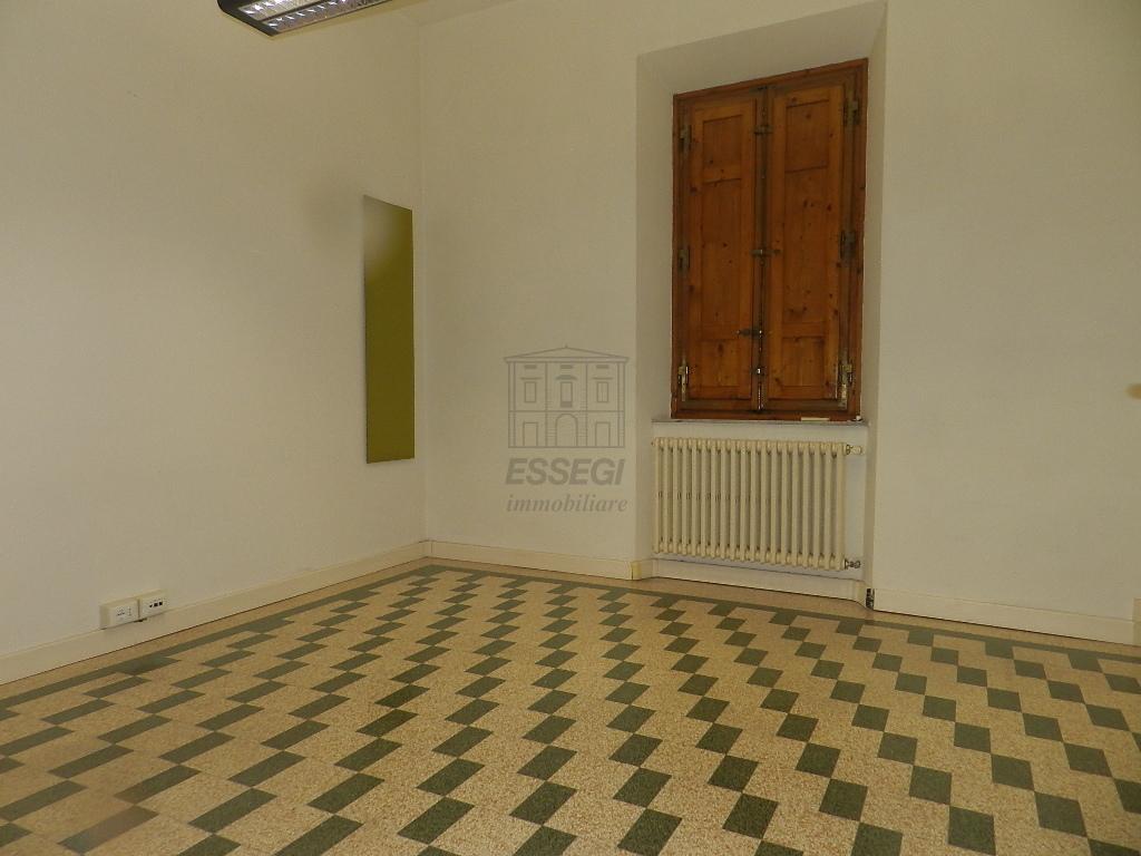 Villa divisa in due unità Lucca S. Cassiano a Vico IA03233 img 13