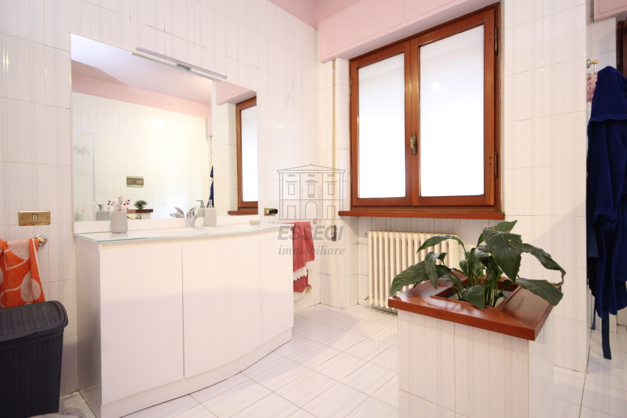 Villa divisa in due unità Capannori Lunata IA01745 img 21