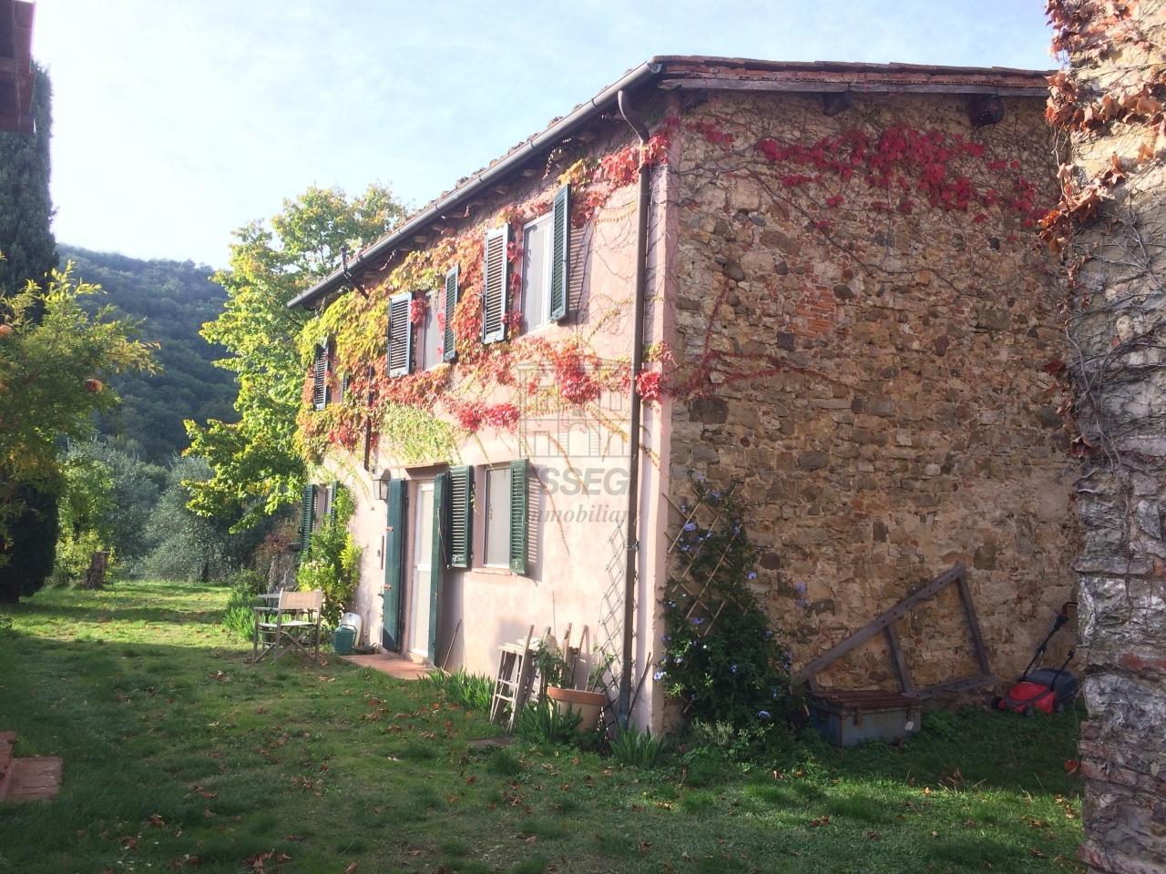 Casa colonica Lucca Monte S. Quirico IA03418 img 23