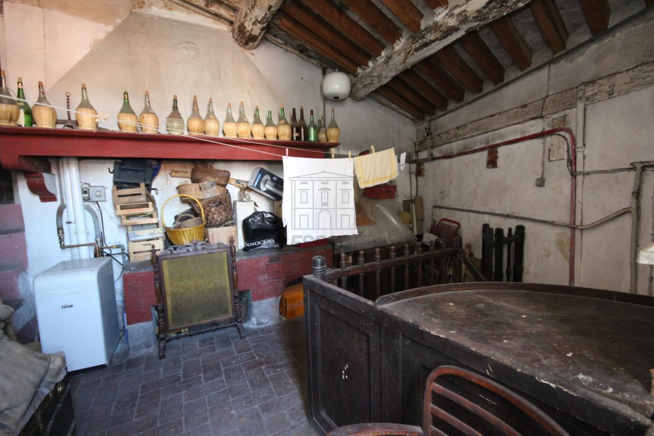 Appartamento Lucca Centro storico IA03325 img 17