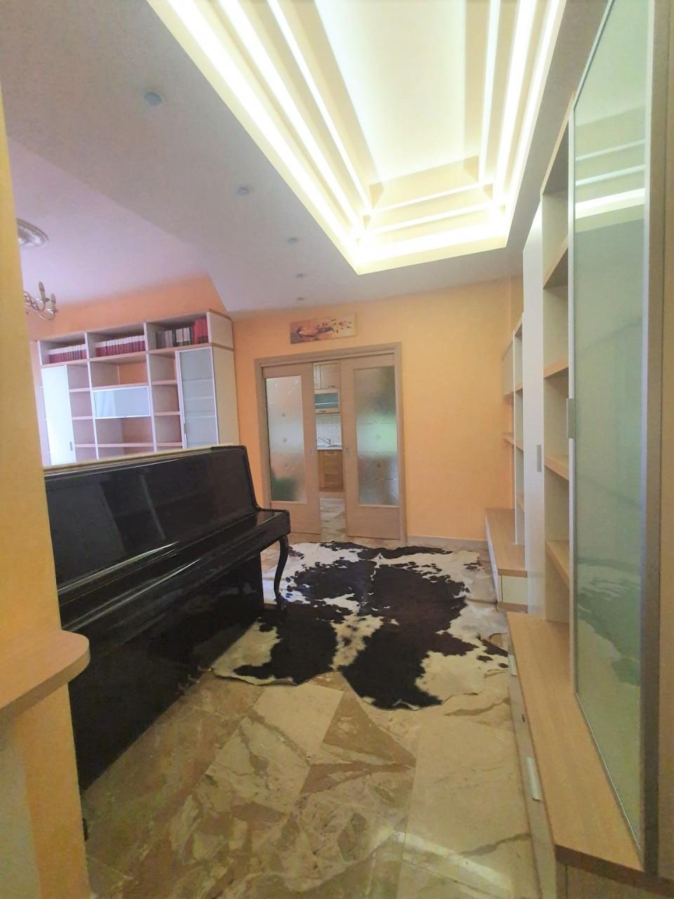 Appartamento in vendita a Reggio Calabria, 3 locali, prezzo € 110.000 | CambioCasa.it