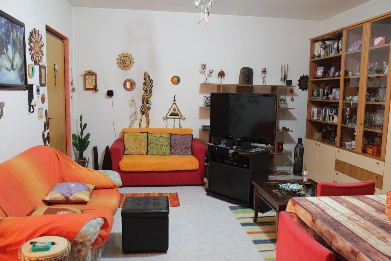 Appartamento in vendita a Decimomannu, 3 locali, prezzo € 75.000 | CambioCasa.it