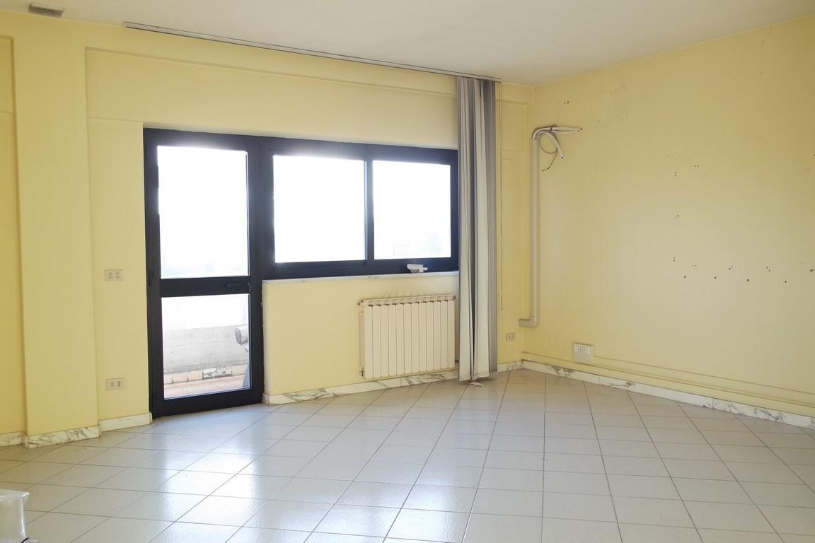 Ufficio a Avenza, Carrara Rif. 12171660