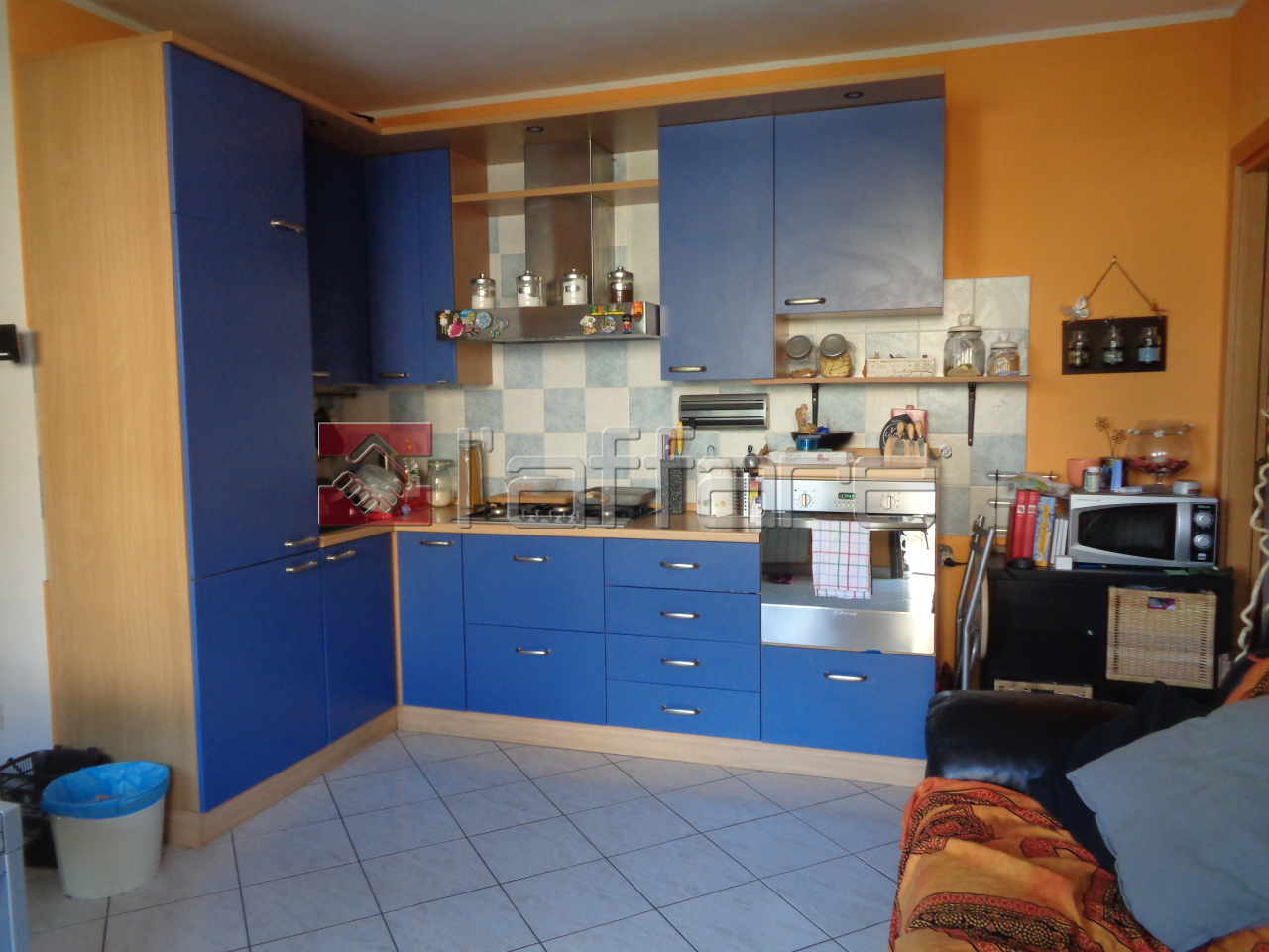 Appartamento in buone condizioni in vendita Rif. 10034622