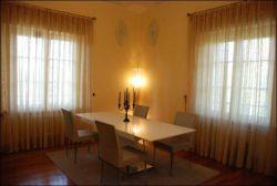 Appartamento in Vendita a Viareggio, zona fascia mare, 1'500'000€, 125 m², con Box