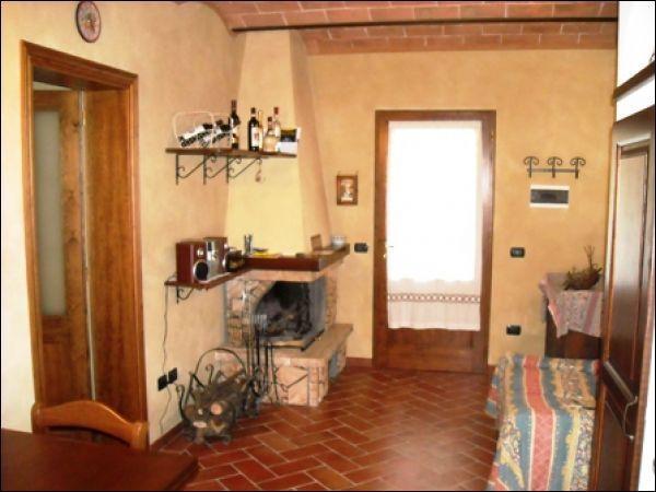 Appartamento in vendita a Vinci, 3 locali, prezzo € 190.000 | CambioCasa.it