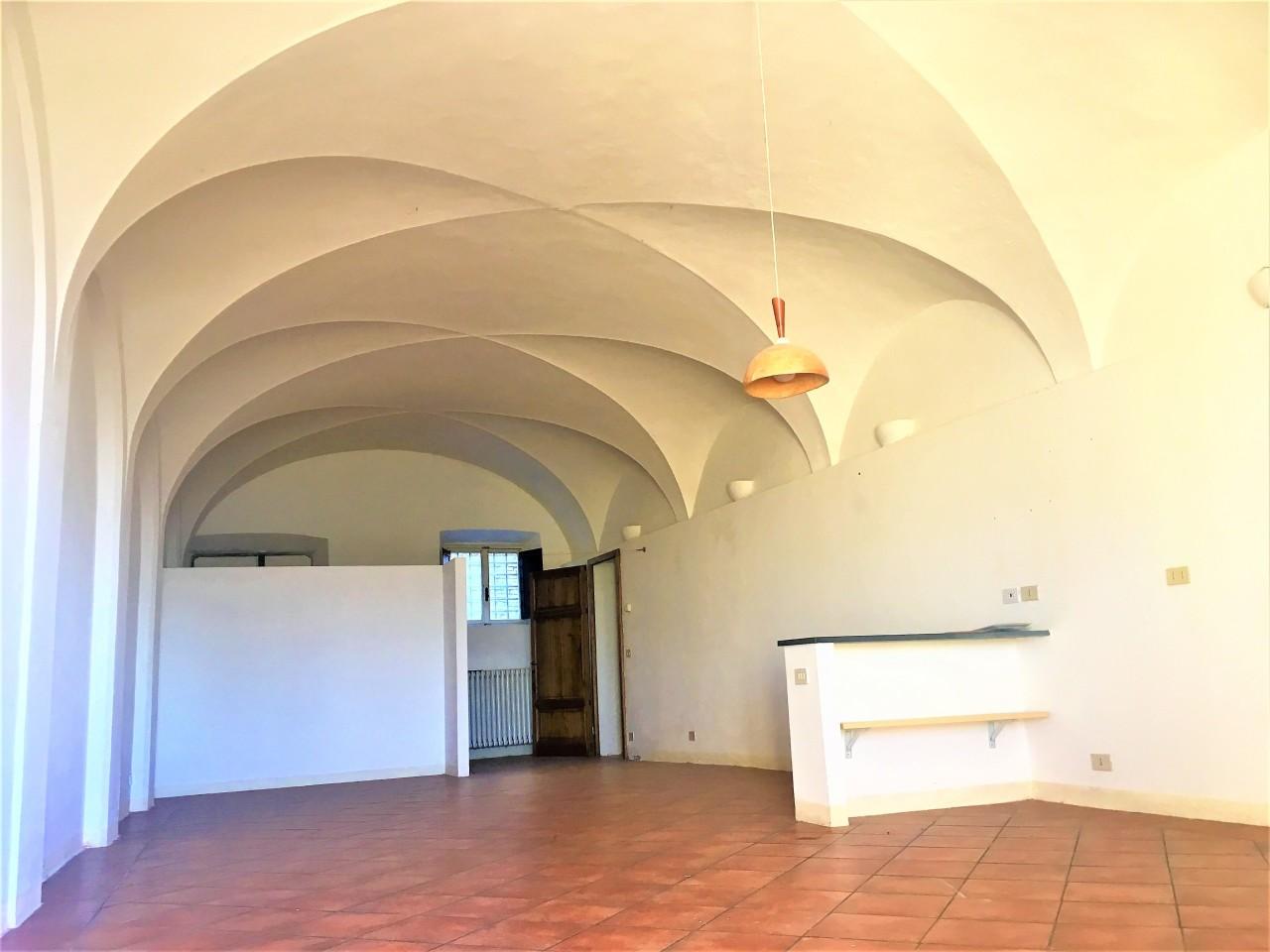 Appartamento in affitto a Pontedera, 2 locali, prezzo € 450   CambioCasa.it
