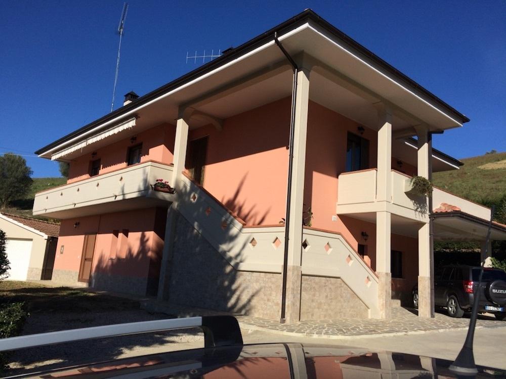 Casa Indipendente in ottime condizioni arredato in vendita Rif. 4151631