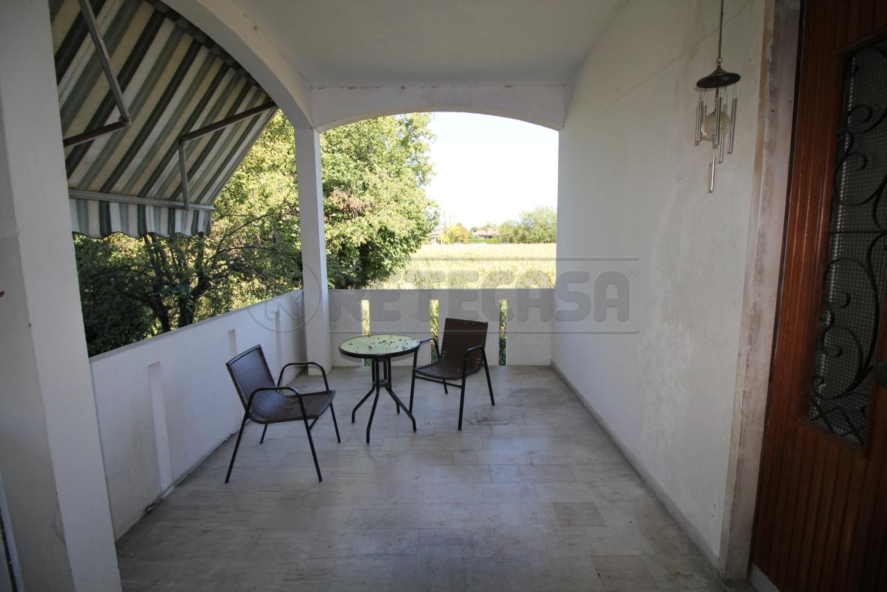 Villa in ottime condizioni arredato in vendita Rif. 11033910