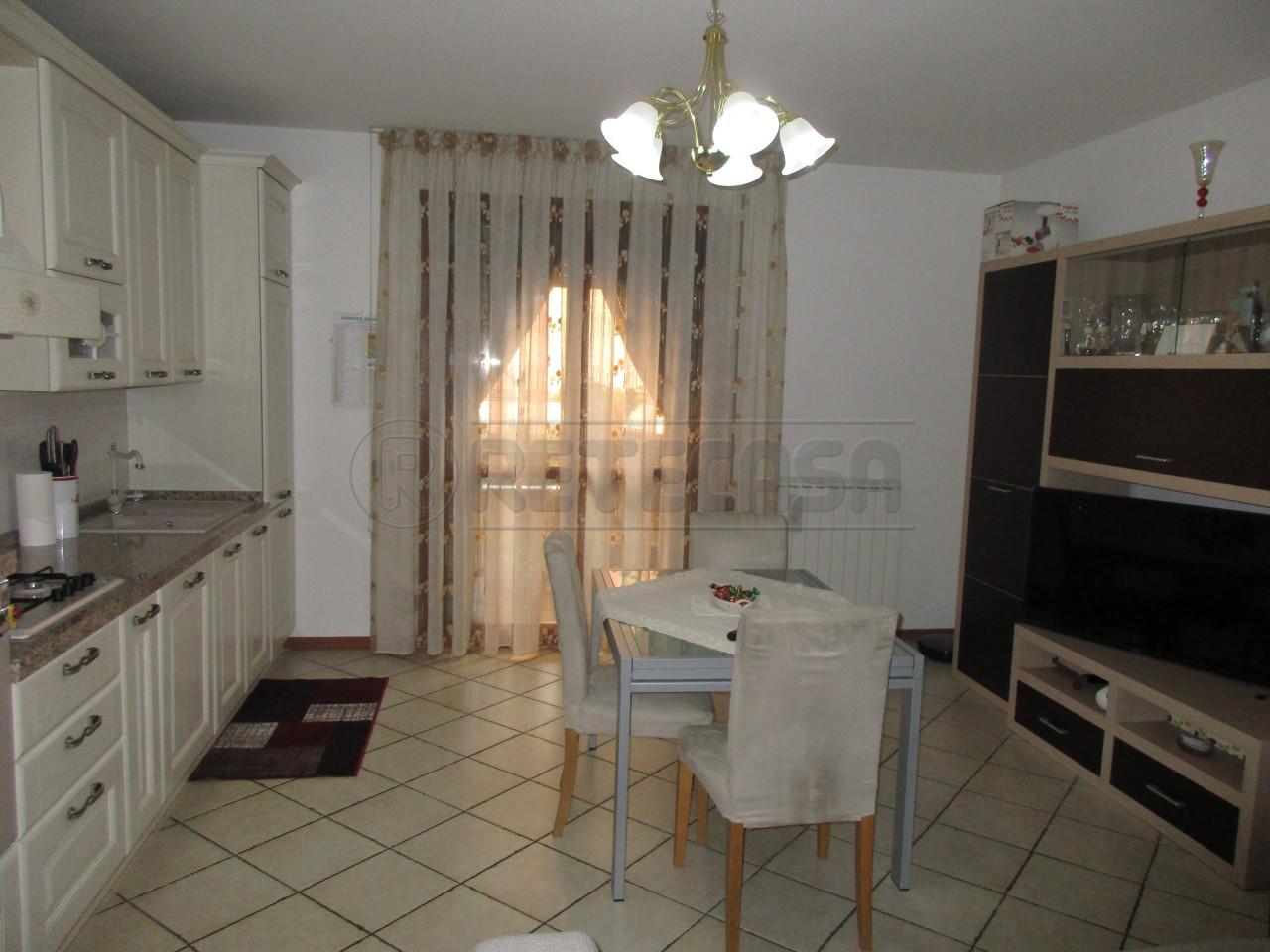 Appartamento in vendita a Campodarsego, 4 locali, prezzo € 95.000 | PortaleAgenzieImmobiliari.it