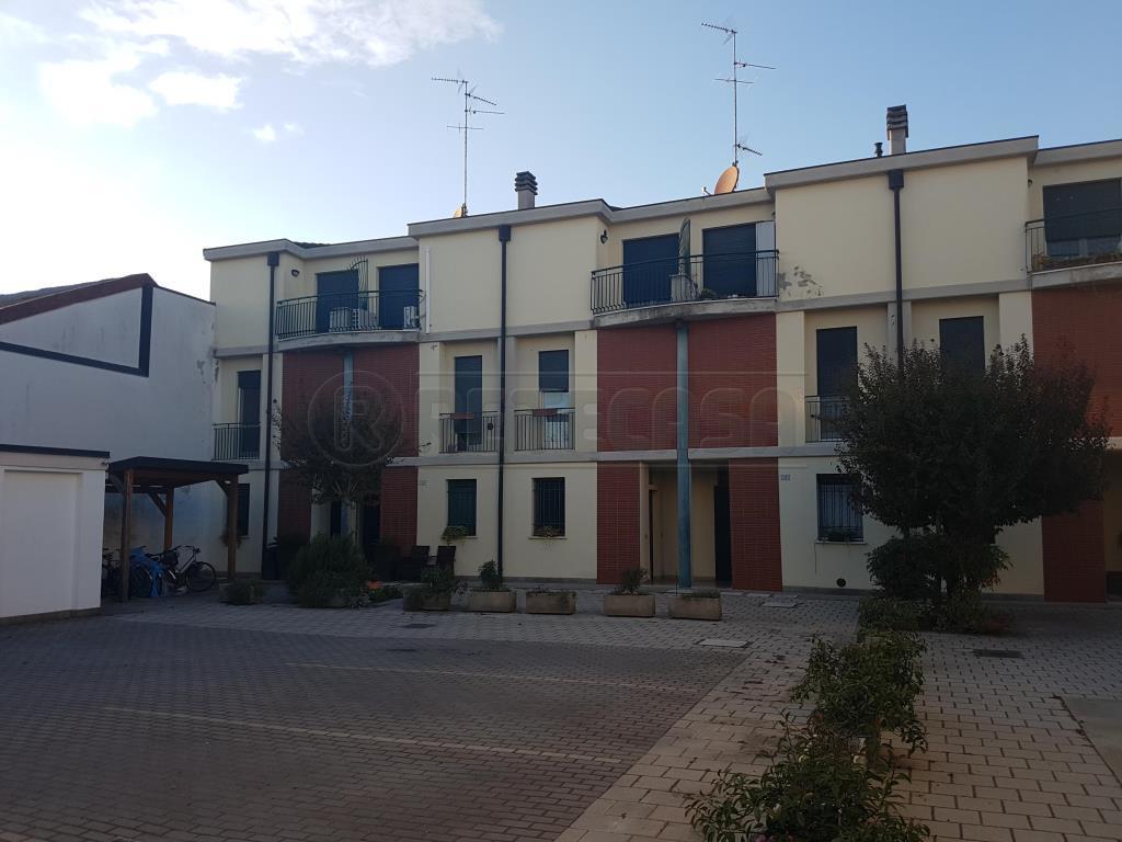 Appartamento - Bilocale a Bondeno