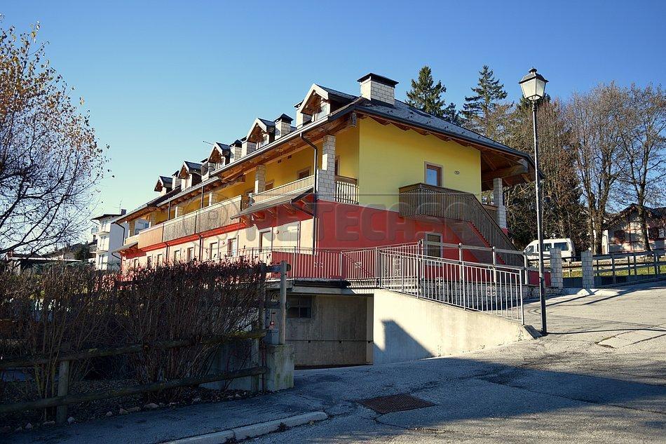 Appartamento in vendita a Roana, 4 locali, Trattative riservate | CambioCasa.it