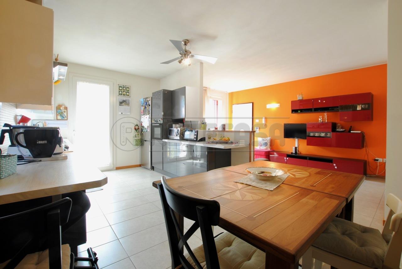 Appartamento in vendita a Castelgomberto, 5 locali, prezzo € 185.000   PortaleAgenzieImmobiliari.it
