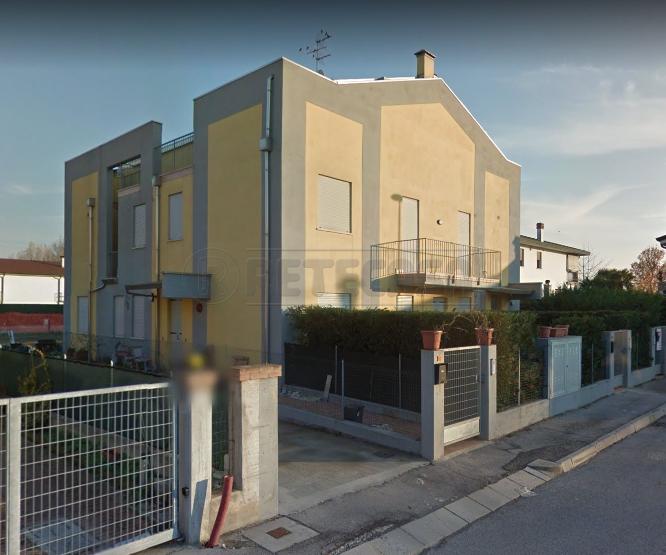 Appartamento da ristrutturare in vendita Rif. 10709163