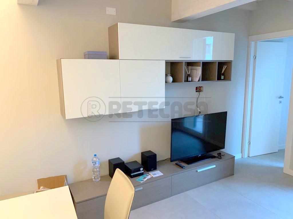 Appartamento in affitto a Mantova, 3 locali, prezzo € 600 | CambioCasa.it