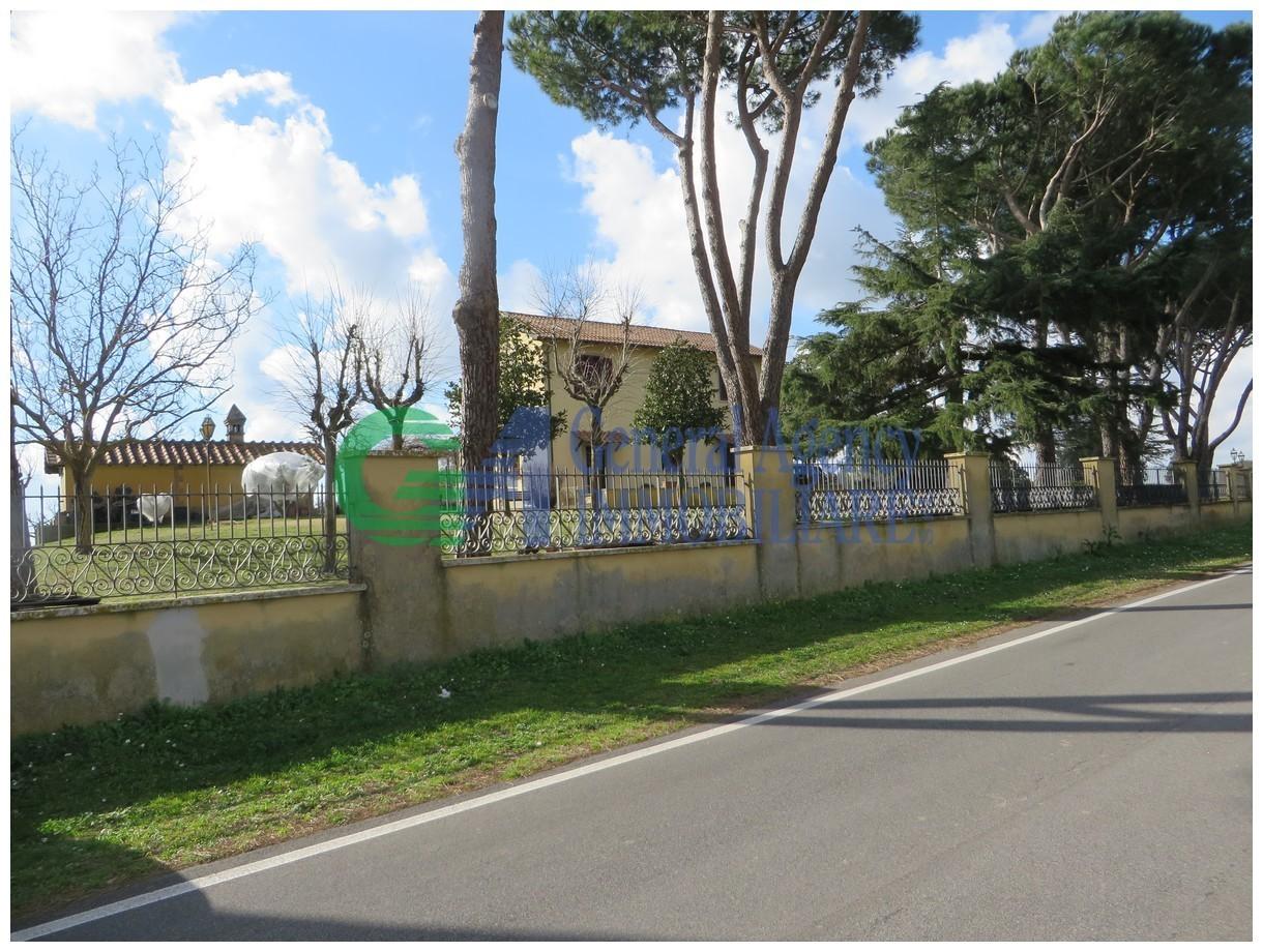 Villetta a schiera in ottime condizioni in vendita Rif. 9863430