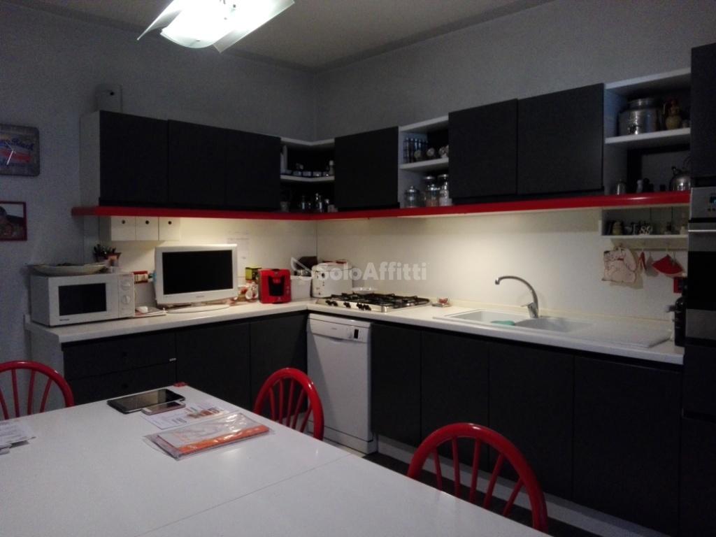 Villa in ottime condizioni in affitto Rif. 10436597