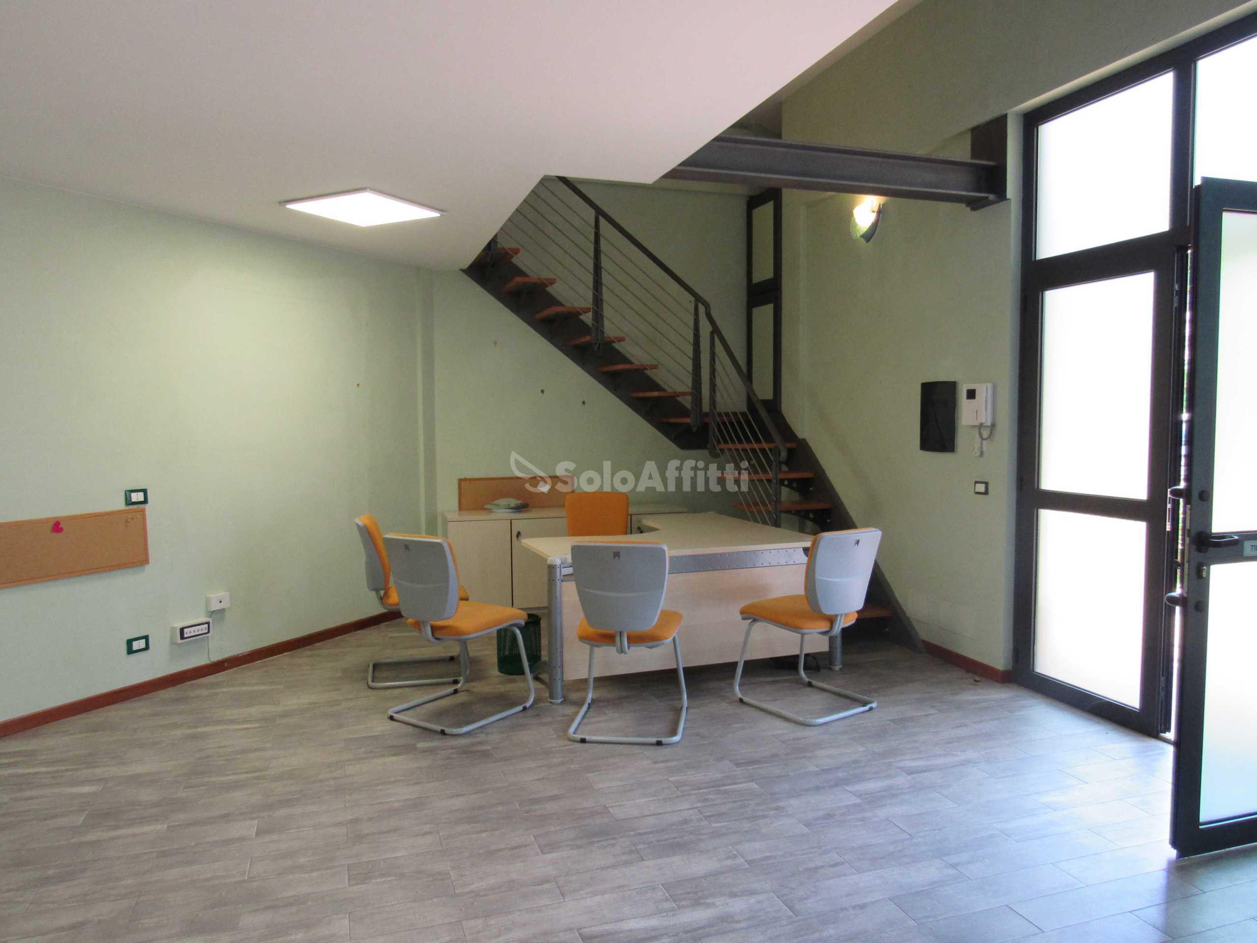 Immobili in affitto frascati case uffici e negozi in for Affitto ufficio tuscolana