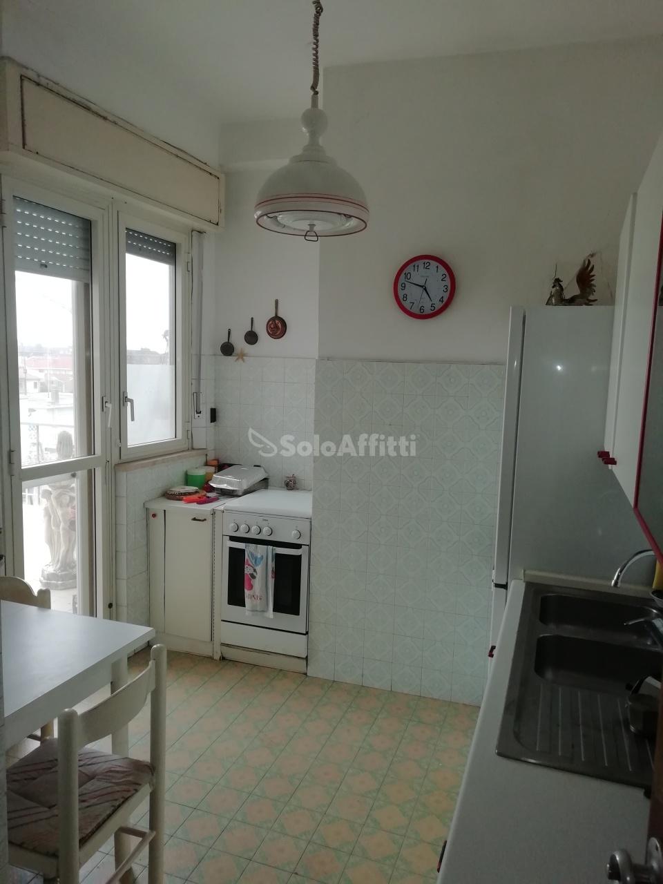Bilocale arredato in affitto Rif. 11178845