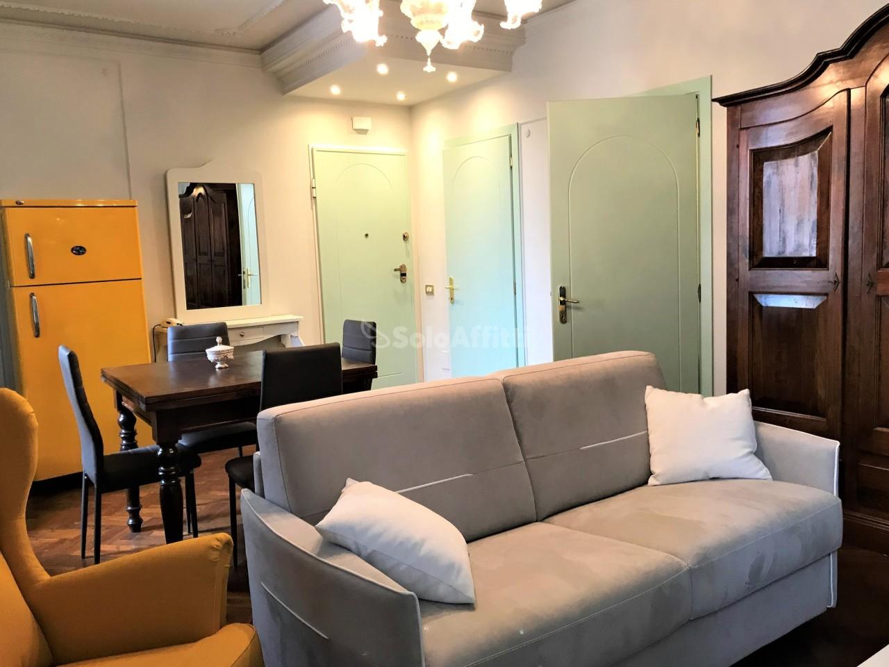 Bilocale in ottime condizioni arredato in affitto Rif. 8844093