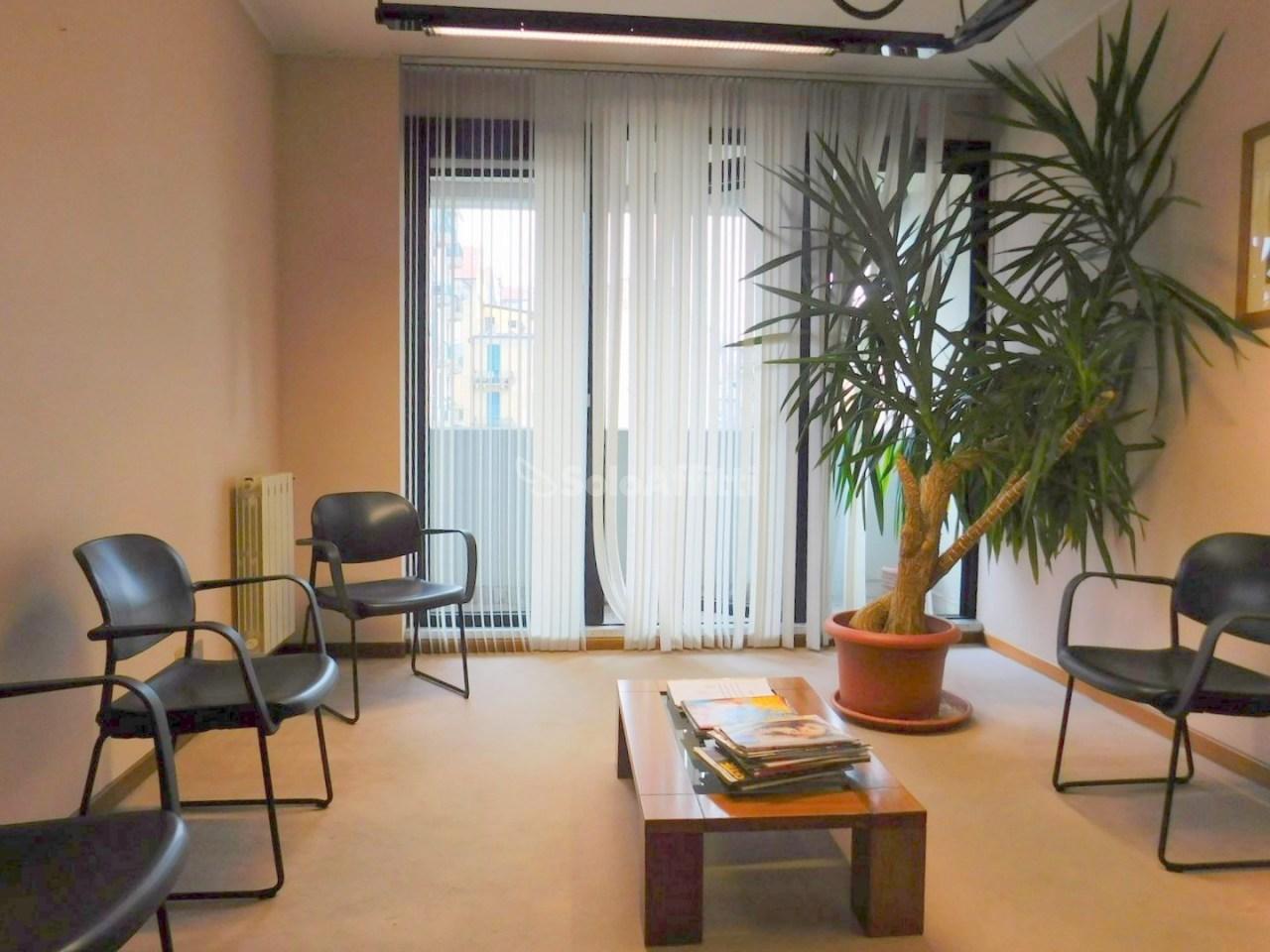 Ufficio / Studio in affitto a Savona, 2 locali, prezzo € 380 | PortaleAgenzieImmobiliari.it
