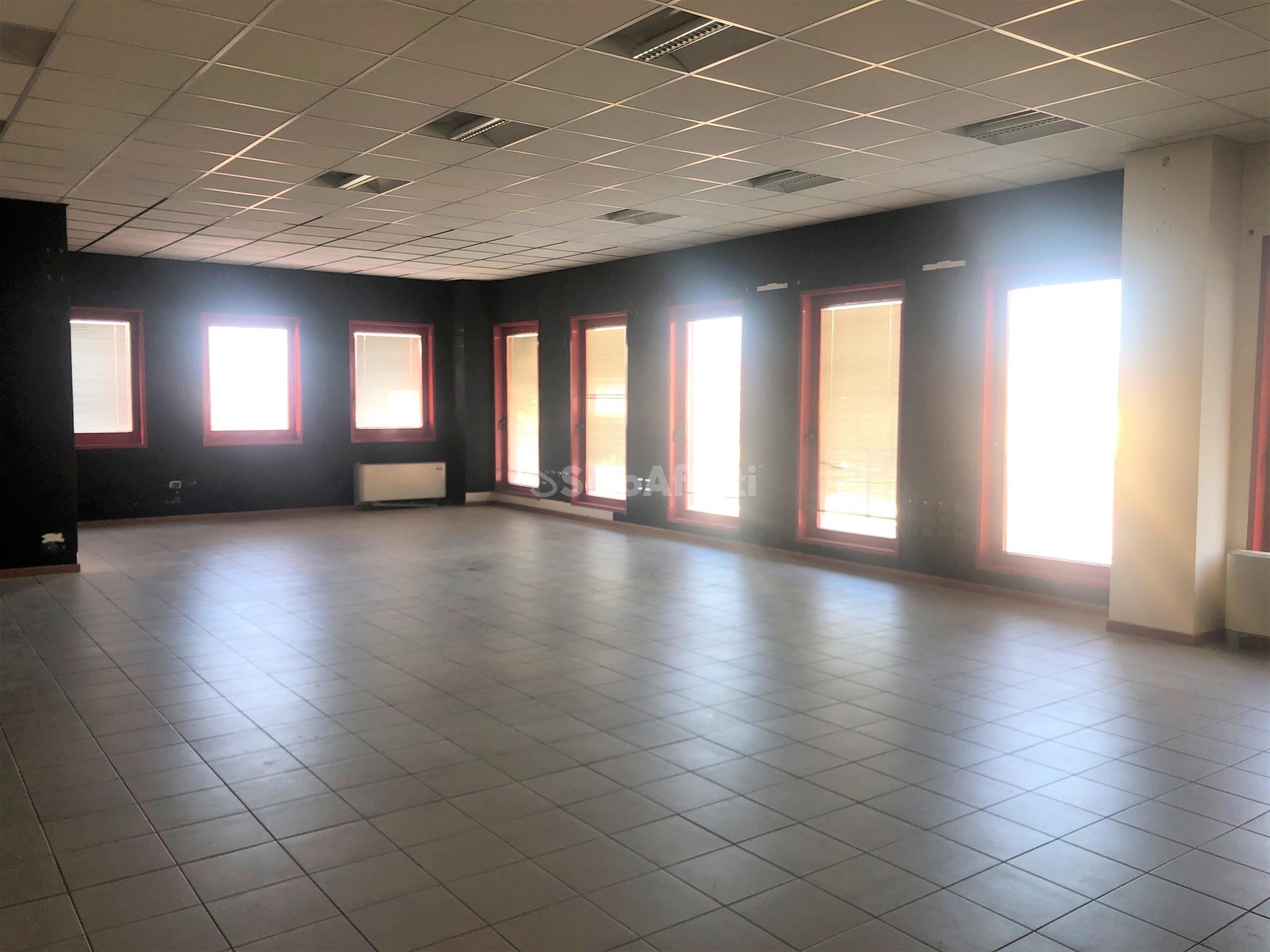 Ufficio Open space 6 vani
