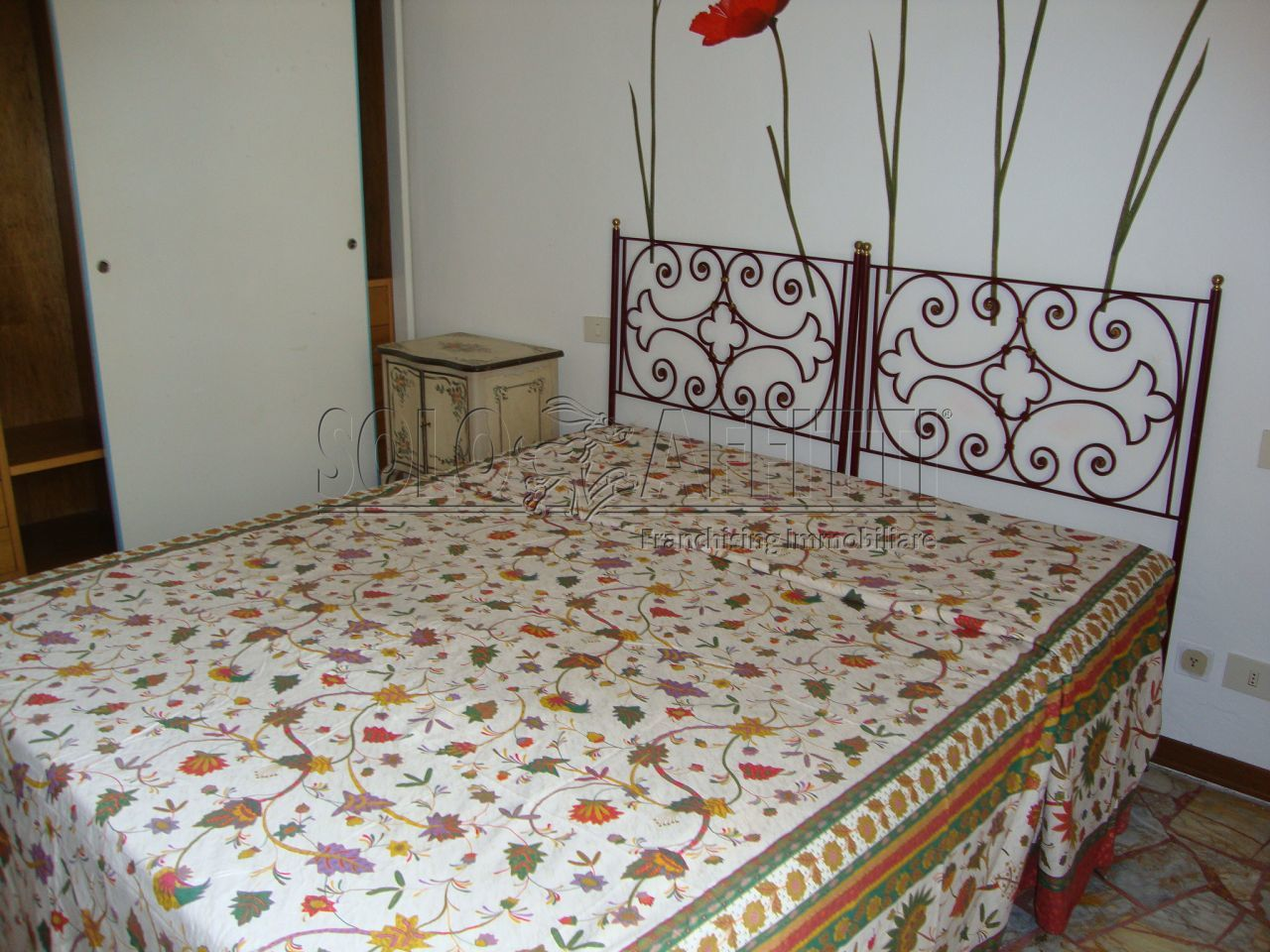Bilocale in buone condizioni arredato in affitto Rif. 8756218