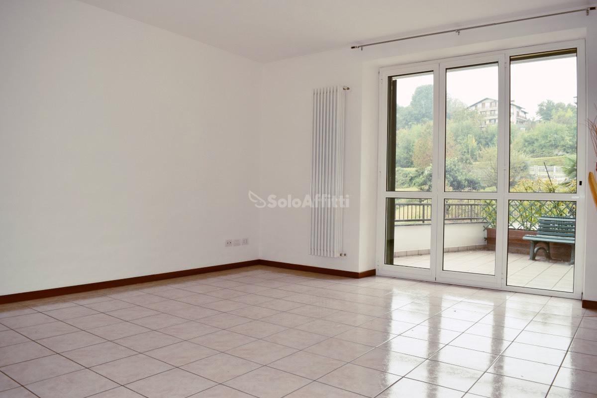 Appartamento in affitto a Casnate con Bernate, 3 locali, prezzo € 580 | PortaleAgenzieImmobiliari.it