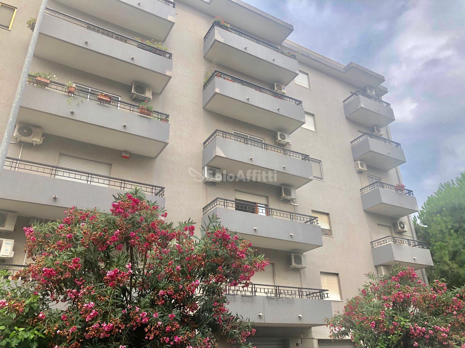 Appartamento Quadrilocale Arredato 5 vani 160 mq.