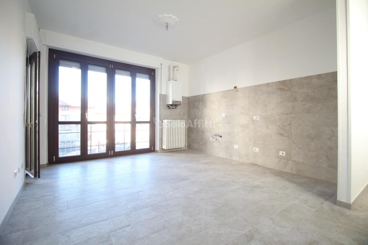 Bilocale in buone condizioni in affitto Rif. 10354189