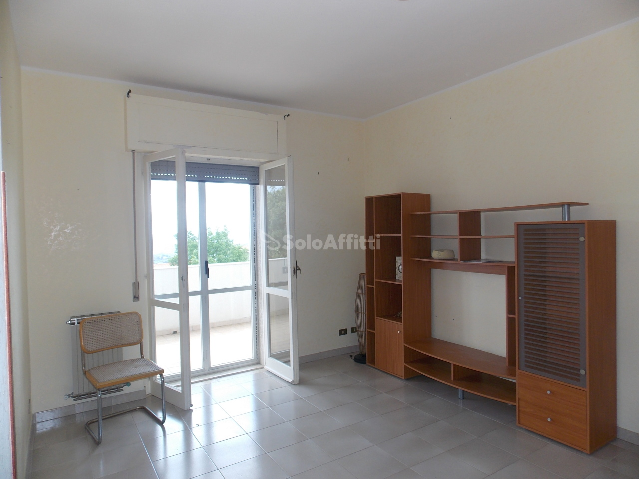 Bilocale in buone condizioni arredato in affitto Rif. 9794445