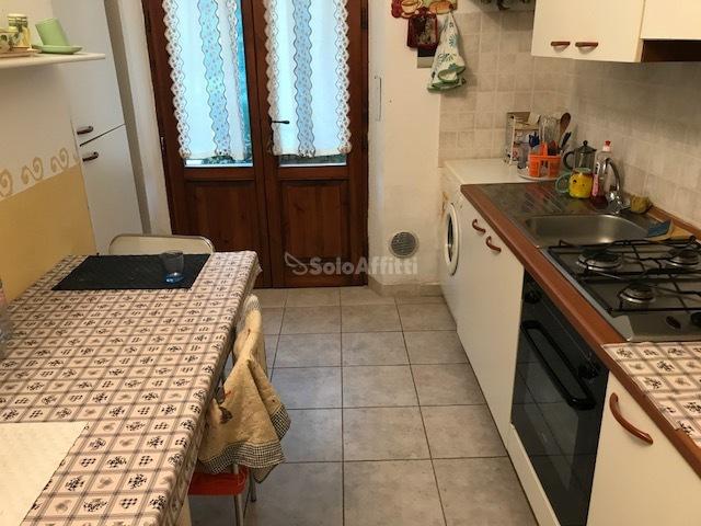 Bilocale in buone condizioni arredato in affitto Rif. 5720339