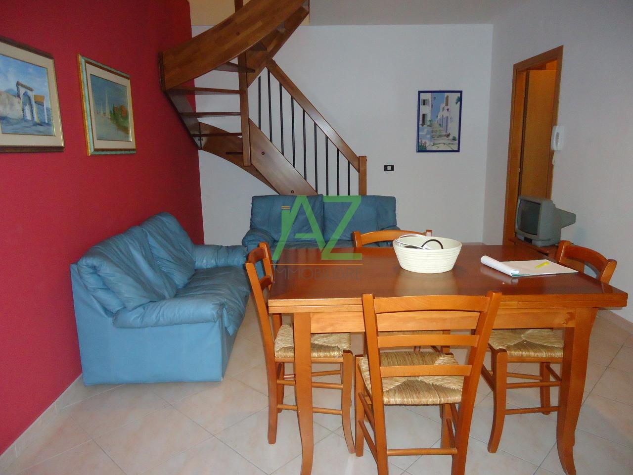Appartamento in buone condizioni arredato in affitto Rif. 8604416